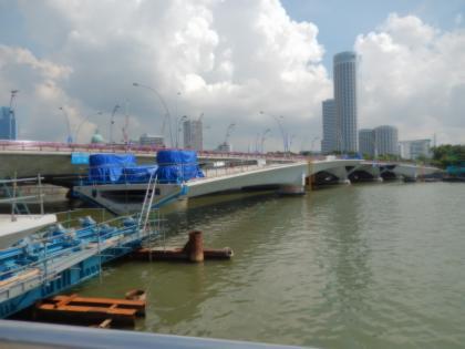 シンガポール2014.5マーライオン人道橋