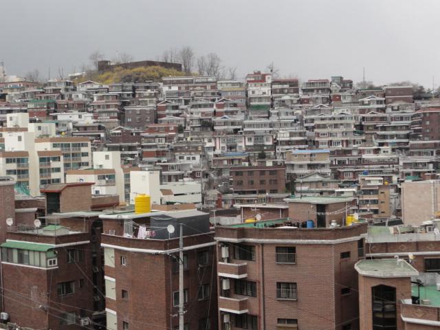 2013年4月9日 東大門~駱山付近 ソウル城郭からの風景