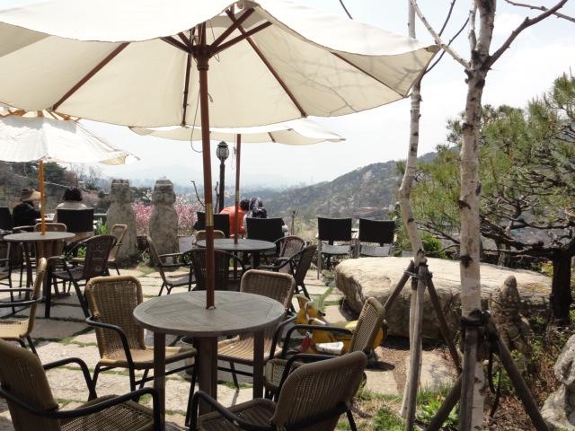 2013年4月26日 カフェ・サンモトゥンイ テラス席の風景