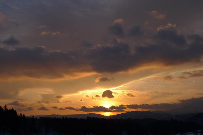 ひだの雪景色 夕景 丹生川 1
