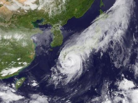 台風11号四国上陸