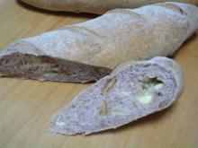 くるみ&チーズ入りライ麦パン