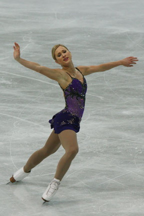 Joannie_Rochette_2008_Worlds_Outside_Edge_Ina_Bauer.jpg