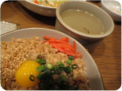 そぼろご飯+スープ