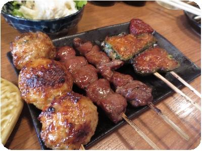 ジャンボつくね・カシラ・肉詰めピーマン(タレ)