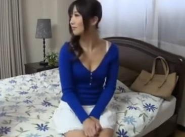個人撮影 ナンパで見つけた美人ママに中出しするエロ動画