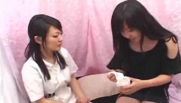 個人撮影 ナンパで見つけた素人女の子がレズプレイをするエロ動画