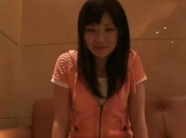 個人撮影 LINEで見つけた美尻素人女子大生のエロ動画