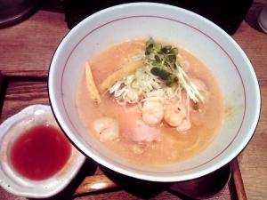 麺と心 7 海老白湯