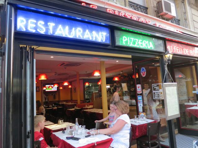 パリ 食事 レストラン