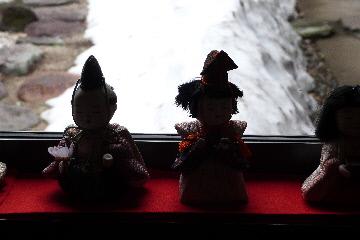 花音里うどん②ひな人形シルエット・残雪
