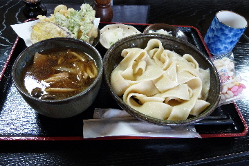 花音里うどん④川幅肉汁うどん・天ぷら付き