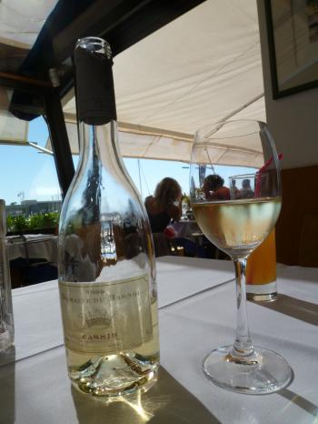 cassis wine 2