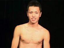 ゲイ動画:敏感ビンビン爽やかデカマラ男子とKISS !! 好帥哥