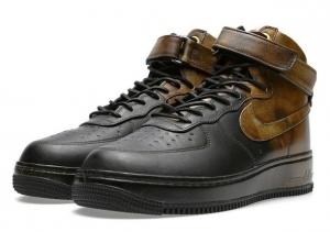 Pigalle × Nike Air Force 1 Hi