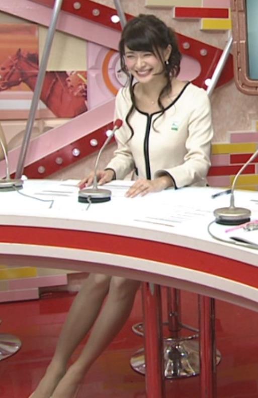 八田亜矢子 美脚健在キャプ画像(エロ・アイコラ画像)