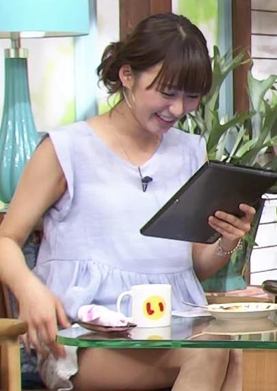枡田絵理奈 太ももがエロ過ぎるミニスカワンピースキャプ画像(エロ・アイコラ画像)