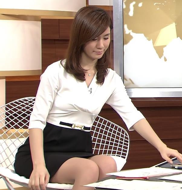 黒木奈々 ミニスカのデルタゾーンキャプ画像(エロ・アイコラ画像)