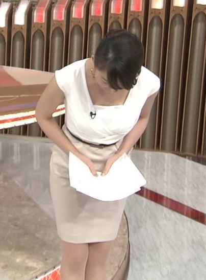 大島由香里 露出の多いタイトな衣装キャプ画像(エロ・アイコラ画像)