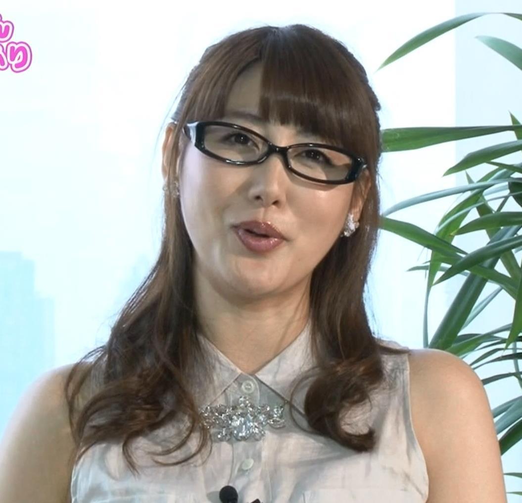 安めぐみ ムチムチ・ノースリーブキャプ画像(エロ・アイコラ画像)