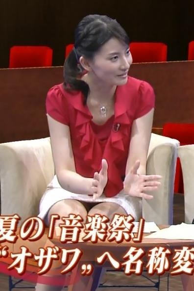 井上あさひ ミニスカ太ももデルタゾーンキャプ画像(エロ・アイコラ画像)