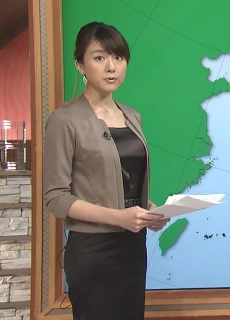 大島由香里 黒のタイトなワンピースキャプ画像(エロ・アイコラ画像)