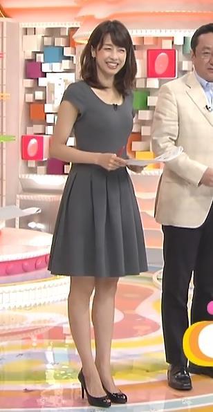 加藤綾子 特に胸がタイトなワンピース