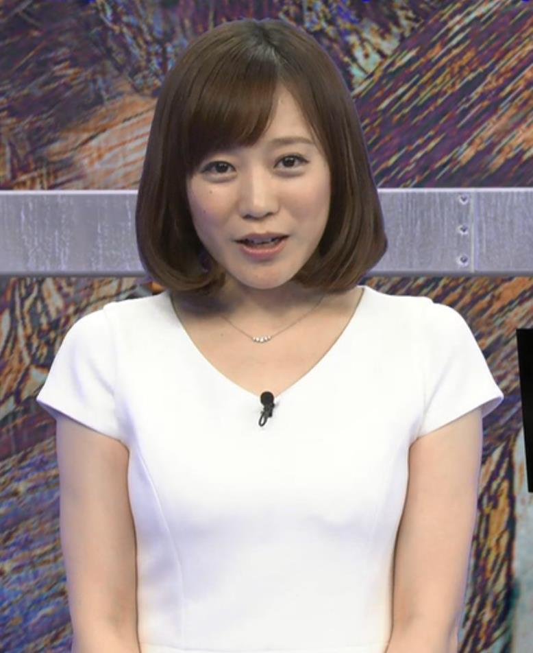 江藤愛  胸のふくらみ (20140817)キャプ画像(エロ・アイコラ画像)