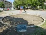 公園、砂場清掃掃除。作業前